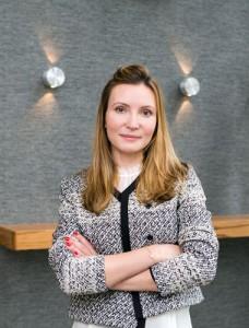 Dr. Izabela Olczyk - Lakeshore Dental